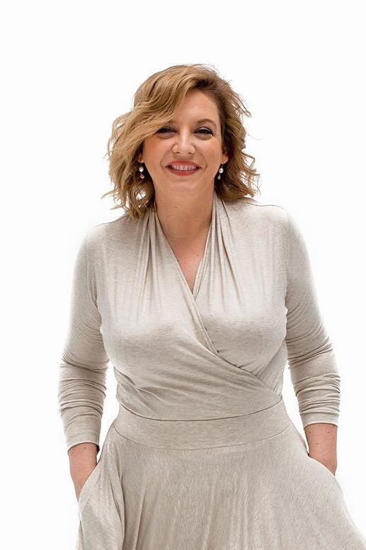 {b}JULIA 174 cm wykładowczyni socjologii bluzka L spódnica L