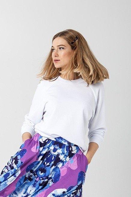 {b}KINGA 175 cm dietetyczka, wizażystka bluza XS spódnica XS
