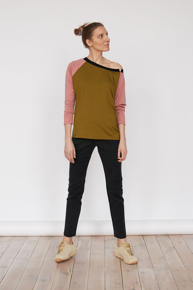 MUST HAVE golden khaki/lipstick pink