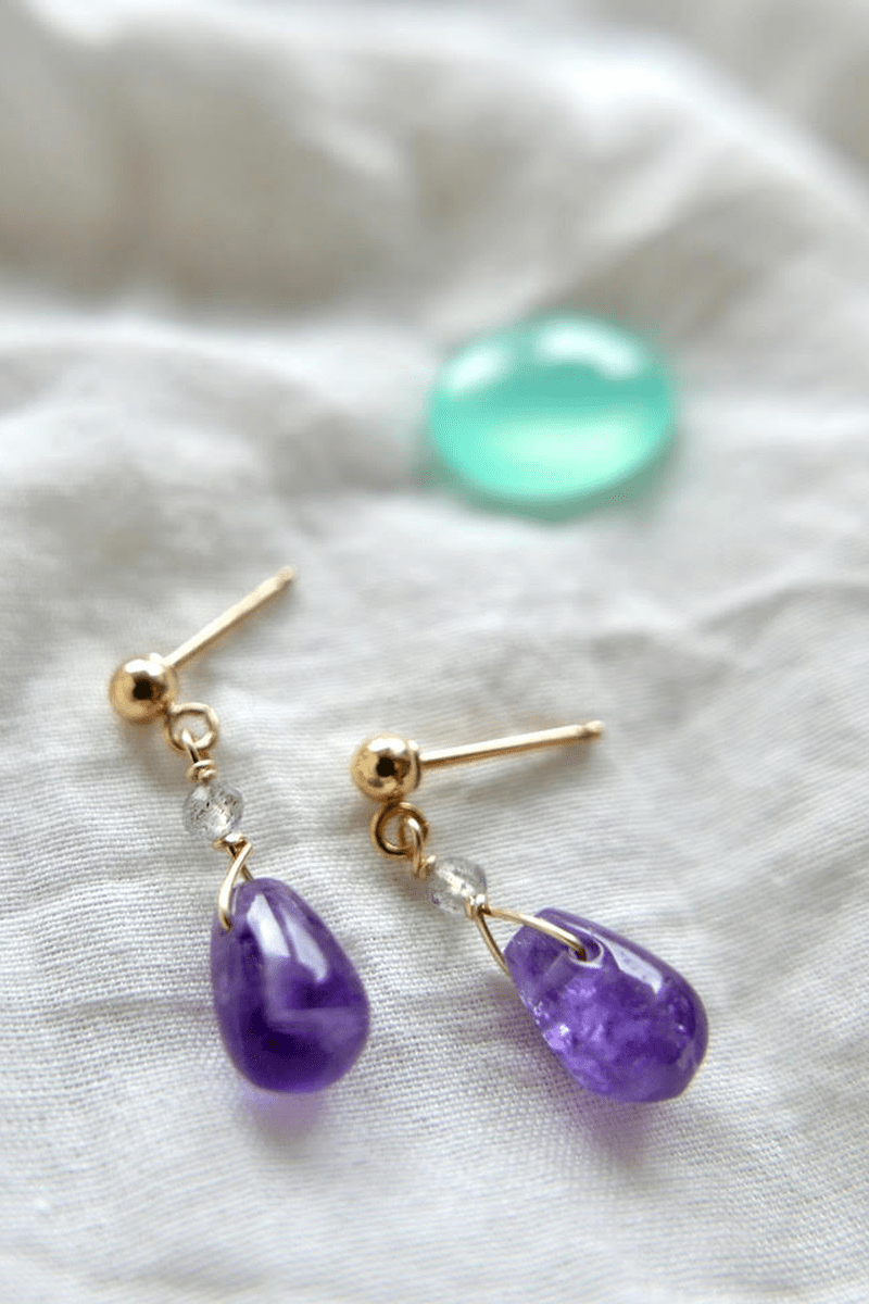 EARRIGS WITH AMETHYSTS AND LABRADORITES