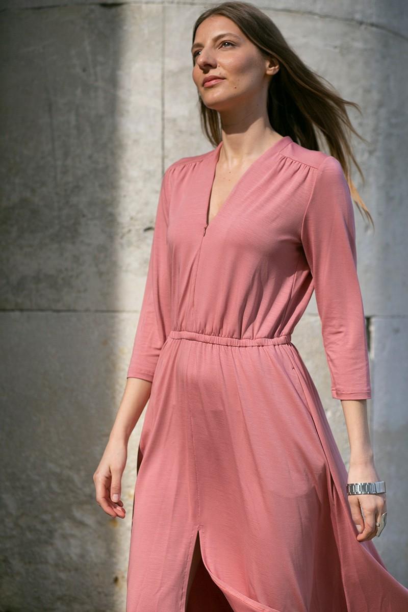 LIBERTY DRESS szminkowy róż