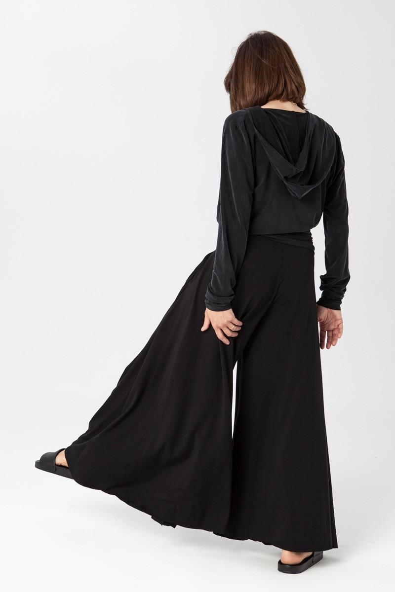 PRIMAVERY black