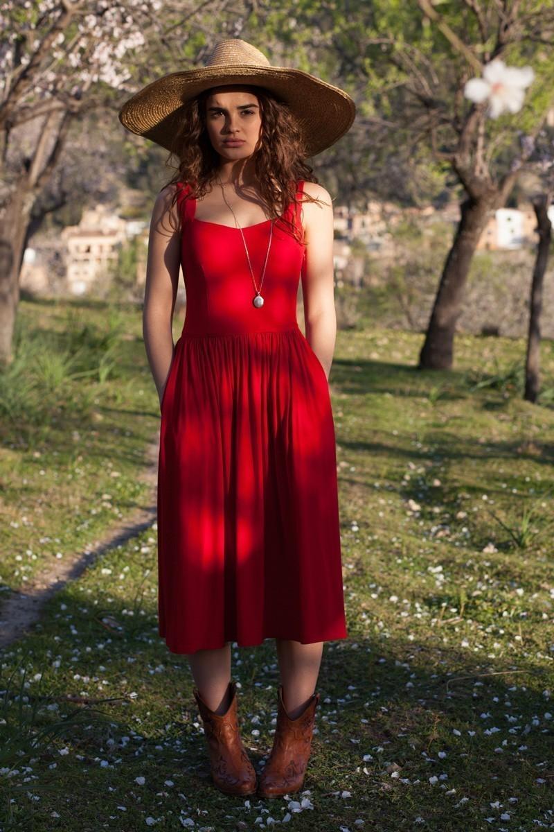 ROMAN HOLIDAYS red