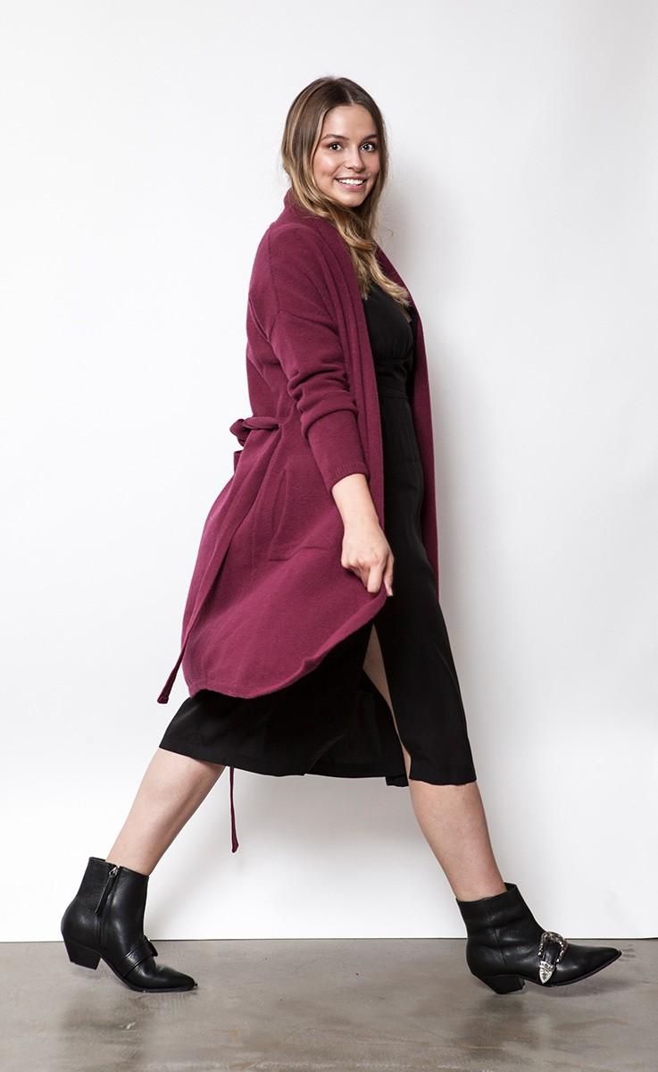 ANNA WINTER maroon