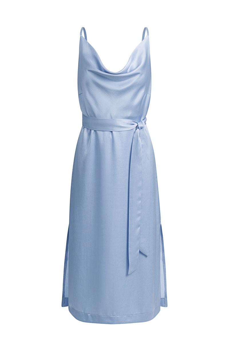SKYFALL celeste blue