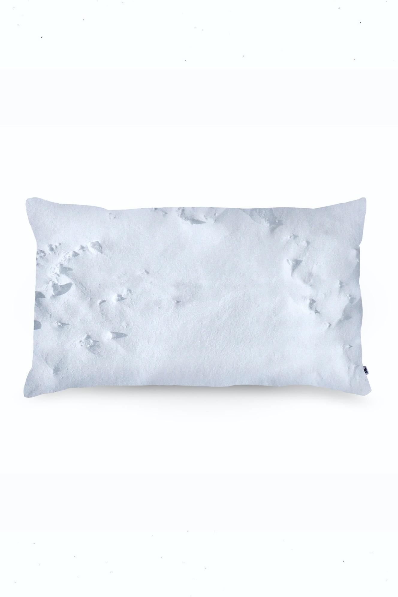 PILLOW snow
