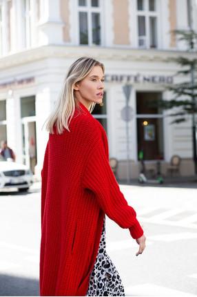 {b}MARZENA 182 cm specjalistka ds. zakupów sweter ONE SIZE