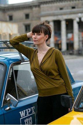 {b}ANNA 174 cm aktora, mioterapeutka bluza S