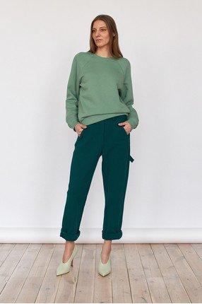 {b}IDA 172 cm founder of BOART.store sweatshirt XS pants XS