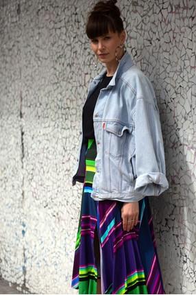 {b}ANNA WOJNAROWSKA 174 cm actress, miotherapist skirt S
