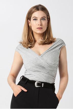 {b}KINGA 175 cm dietetyczka, wizażystka bluzka XS spodnie XS