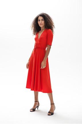 {b}ASMA 174 cm model dress XS