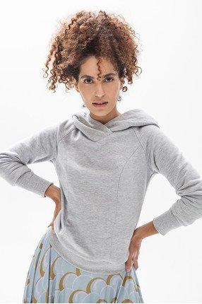 {b}ASMA 174 cm model skirt XS hoodie XS