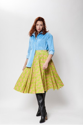 {b}KARO 180 cm model shirt M skirt M boots Loft 37