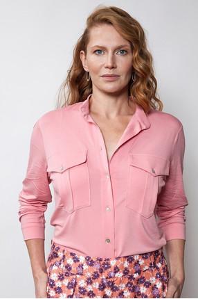 {b}ULA 175 cm model shirt S pants S