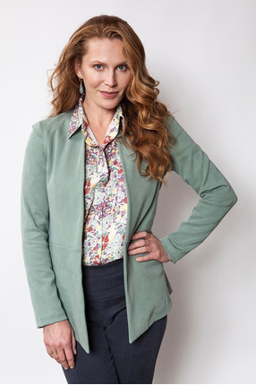 {b}ULA 175 cm model jacket S