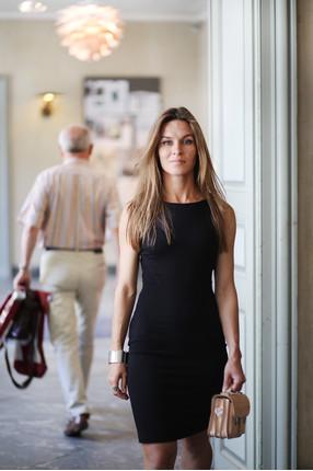 {b}KLARA 162 cm współzałożycielka Riska sukienka XS